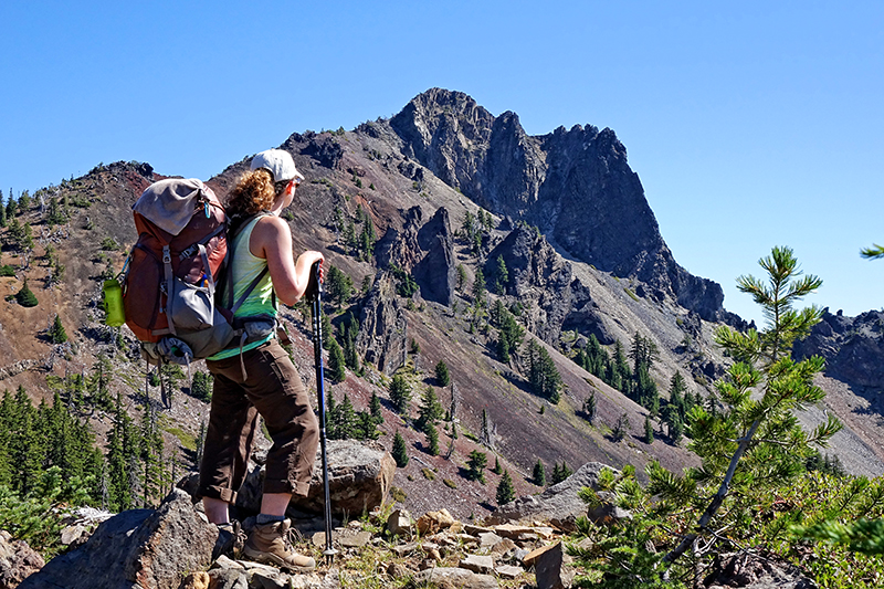 pct-pacific-crest-trail-cowhorn-peak-hiker-hiking-oregon-pctoregon.com