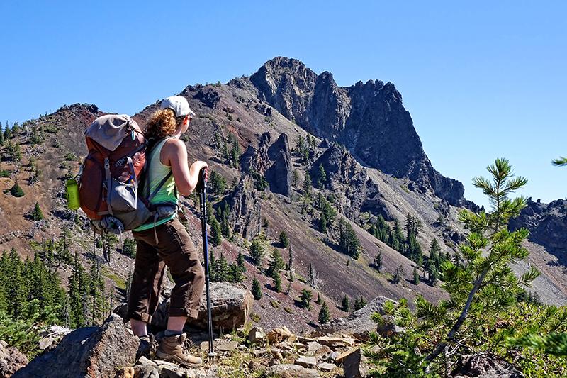 pct-pacific-crest-trail-cowhorn-peak-hiker-hiking-oregon-pctoregon.com