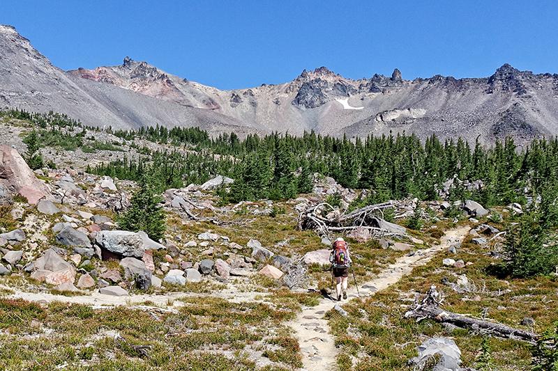 diamond peak, hiker
