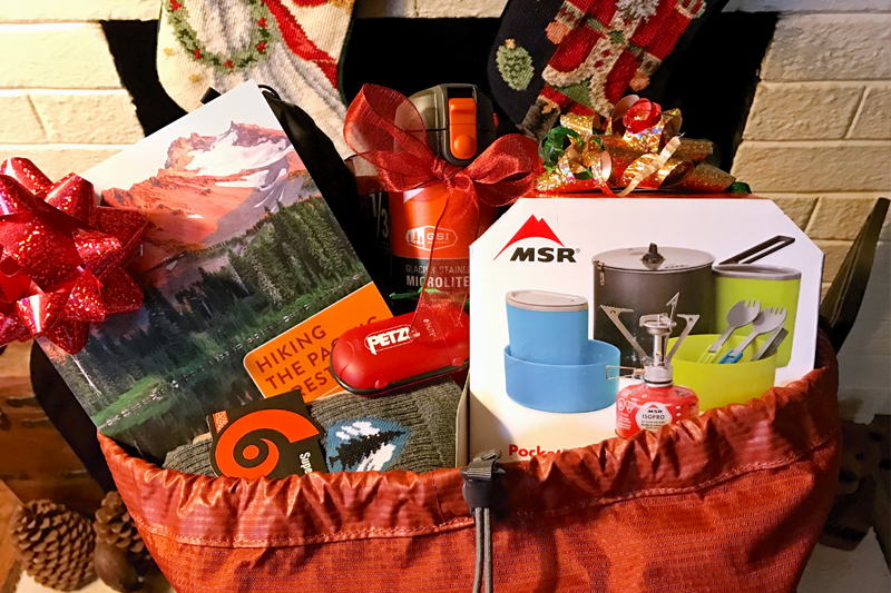 pct-pacific-crest-trail-oregon-gear-gift-guide